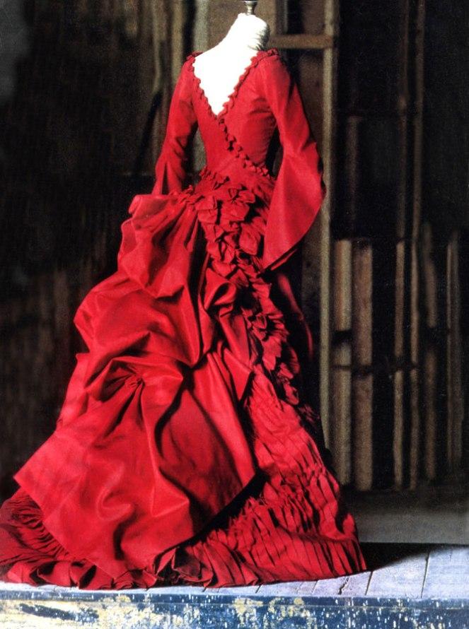 vestido-de-mina-en-dracula